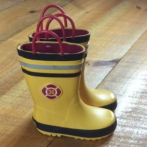 Carters yellow firefighter rain boots Size 7